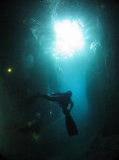 ガマの洞窟